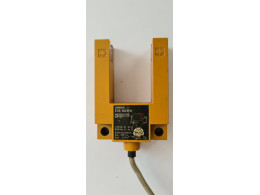 OMRON E3S-GS3E4. Фотоелектричний датчик рифленого типу. Вживаний