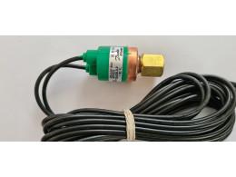 Danfoss ACB-2UB1196W. Реле тиску для фреону. Вживаний
