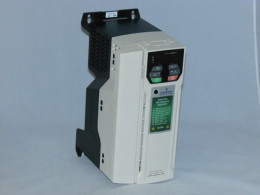 Частотний перетворювач EMERSON, 5.5 кВт, 3-фазний, M200-044 00135. Новий