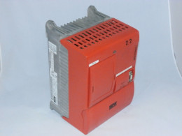 Частотний перетворювач SEW-EURODRIVE, 2.2 кВт, 3-фазний, Movitrac 31C022-503-4-00. Вживаний.