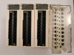 Schneider BMXAMO0410. Аналоговий модуль на 4 вихода. Вживаний