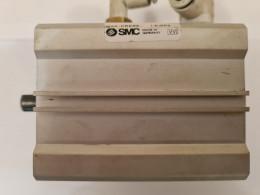 SMC EC DQ2B50-0040-CEJ00119. Пневмоциліндр. Вживаний