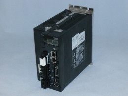 Сервоперетворювач OMRON, 2.5 кВт, 3-фазний, R88D-KN20F-ECT, новий