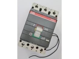 ABB AE02001178. Автоматичний вимикач на 160А. Вживаний
